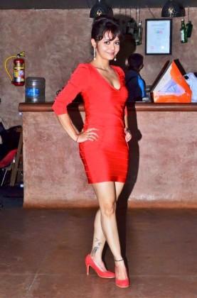 Devoleena Bhattacharjee 16v