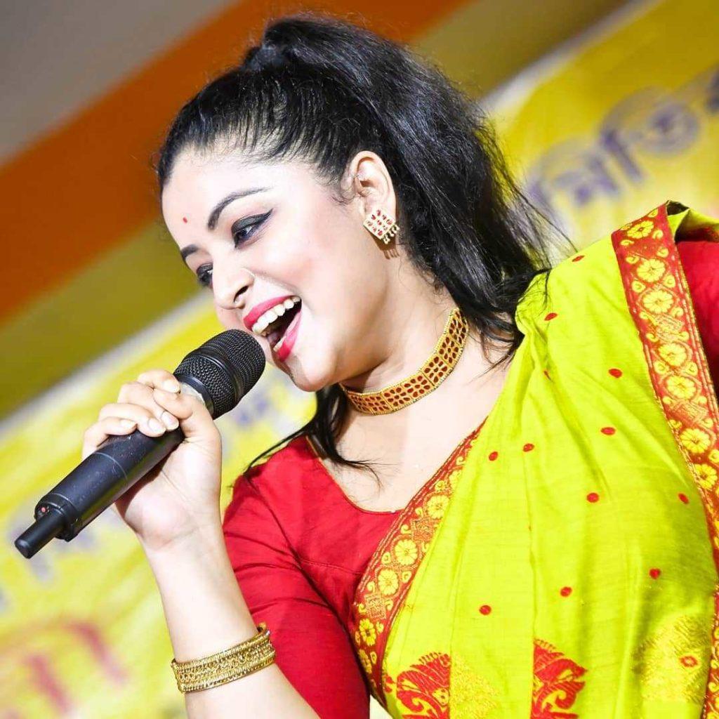 priyanka-bharali-hot